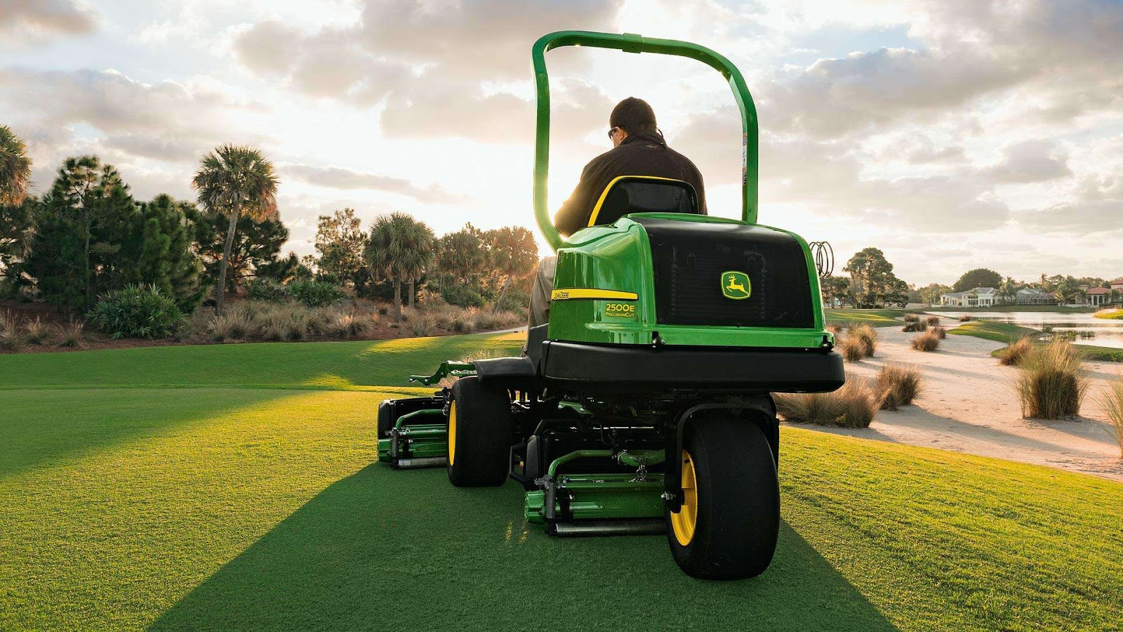 What are the Challenges to Efficient Golf Course Maintenance