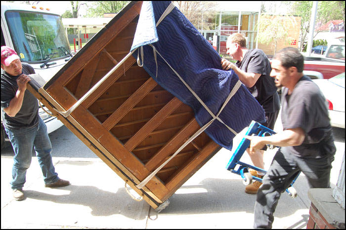 How to Move a Piano Safely - 7 Must-Know Piano Moving Tips